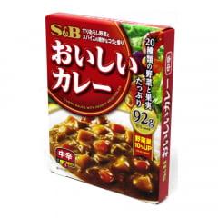 Karê Pronto Curry Sauce Sabor Picante nível Médio S&B - 180 gramas