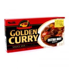 Tempero Golden Curry com Sabor Picante nível Extra Forte S&B - 220 gramas