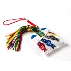 Omamori Amuleto Oriental Koinobori - Branco